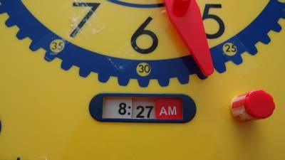 judy clock display