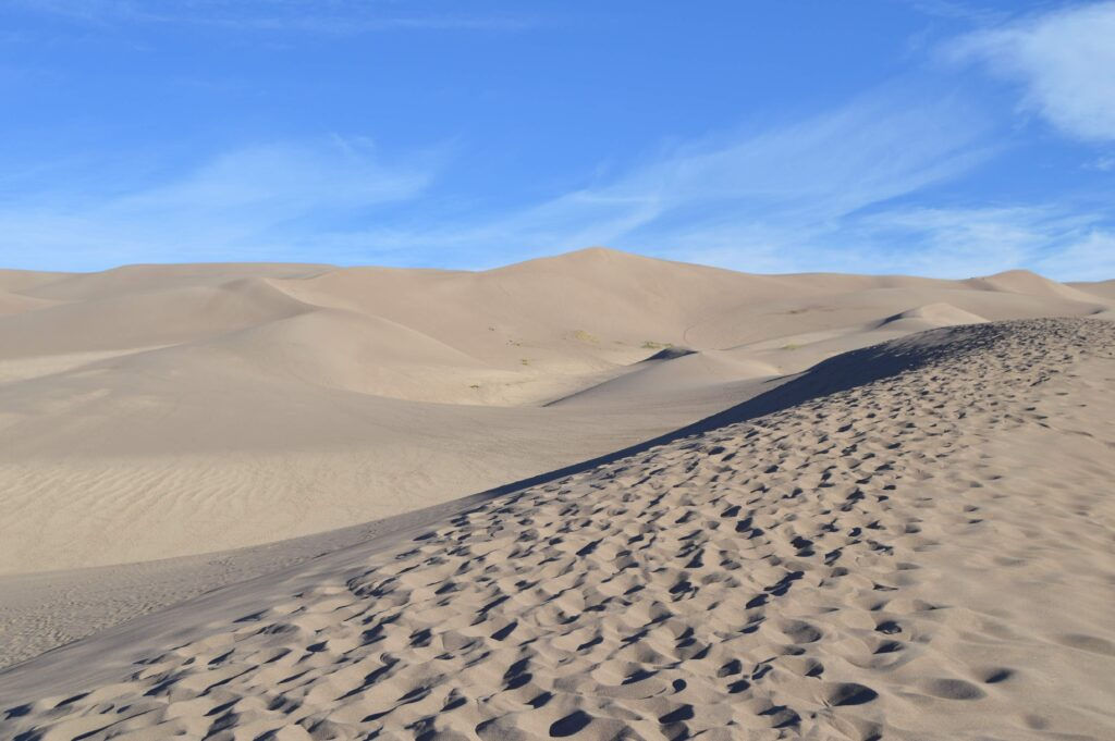 sand dunes picture